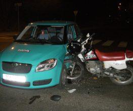 motorcycle-car-crash